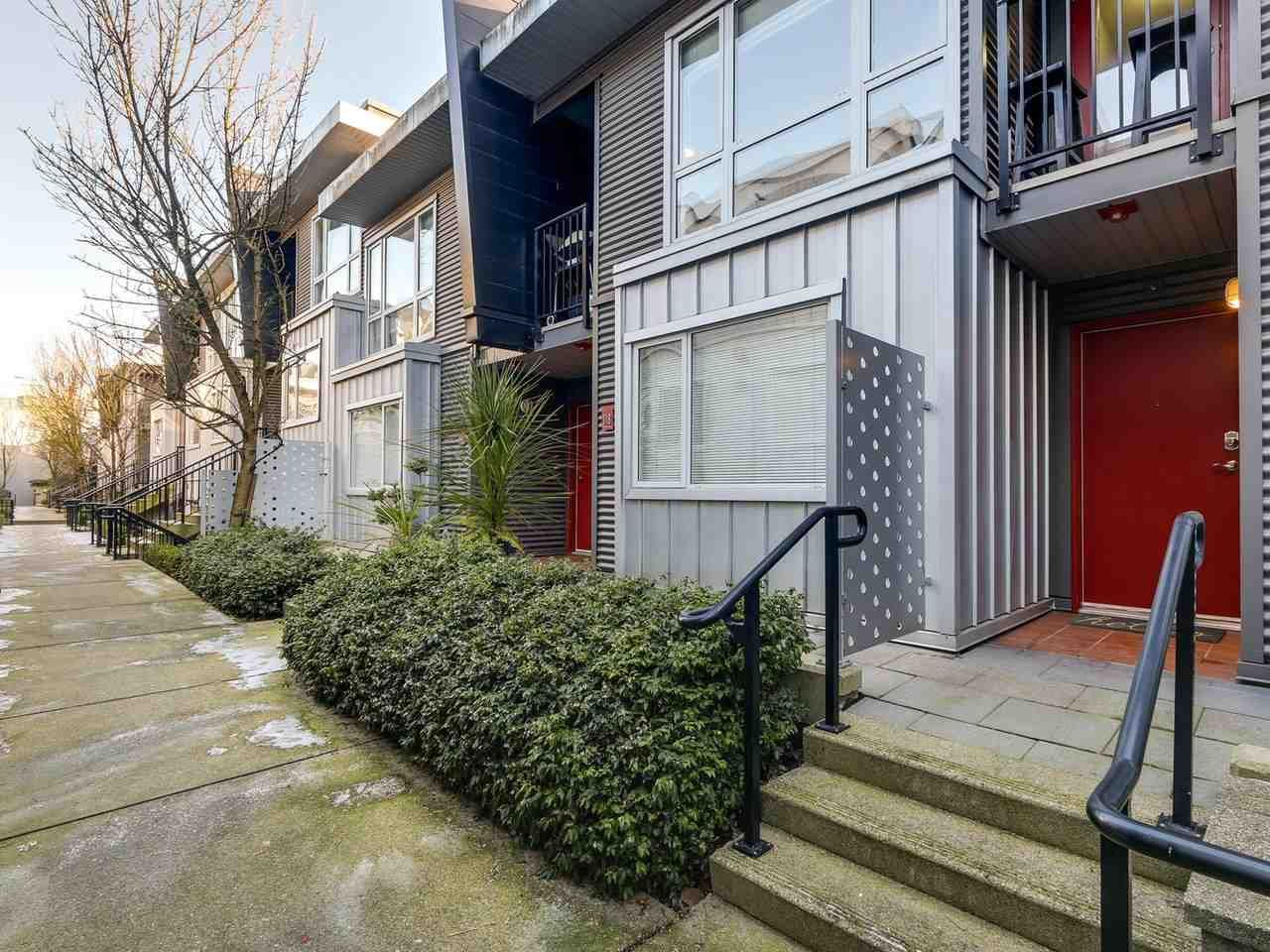 Photo 19: Photos: 119 672 W 6TH AVENUE in Vancouver: Fairview VW Townhouse for sale (Vancouver West)  : MLS®# R2401186