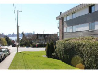 """Photo 10: 10 308 W 2ND Street in North Vancouver: Lower Lonsdale Condo for sale in """"Mohan Gardens"""" : MLS®# V1055350"""
