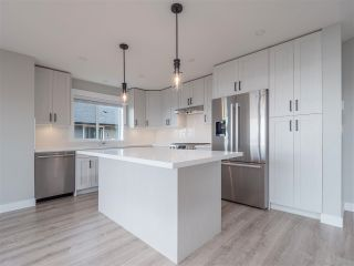 Photo 4: 6072 COWRIE Street in Sechelt: Sechelt District House for sale (Sunshine Coast)  : MLS®# R2623089