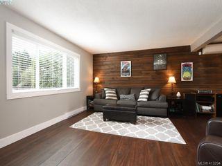 Photo 2: 2744 Whitehead Pl in VICTORIA: Co Colwood Corners Half Duplex for sale (Colwood)  : MLS®# 819559