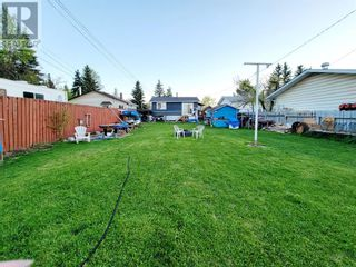 Photo 29: 114 MEADOW Drive in Hinton: House for sale : MLS®# A1111536