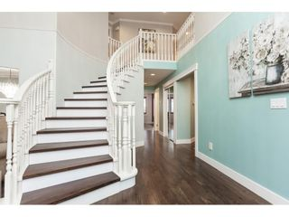 """Photo 3: 20825 43 Avenue in Langley: Brookswood Langley House for sale in """"Cedar Ridge"""" : MLS®# R2423008"""