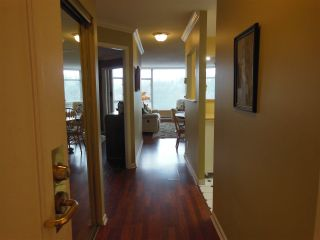 """Photo 10: 1402 1327 E KEITH Road in North Vancouver: Lynnmour Condo for sale in """"Carlton at the Club"""" : MLS®# R2309137"""