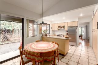 """Photo 17: 4195 DONCASTER Way in Vancouver: Dunbar House for sale in """"DUNBAR"""" (Vancouver West)  : MLS®# R2238162"""