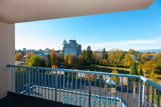 """Photo 19: 812 12148 224 Street in Maple Ridge: East Central Condo for sale in """"Panorama"""" : MLS®# R2512844"""