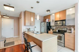 """Photo 5: 3407 909 MAINLAND Street in Vancouver: Yaletown Condo for sale in """"Yaletown Park II"""" (Vancouver West)  : MLS®# R2593394"""