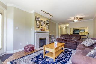 """Photo 3: 105 315 E 3RD Street in North Vancouver: Lower Lonsdale Condo for sale in """"Dunberton Manor"""" : MLS®# R2286632"""