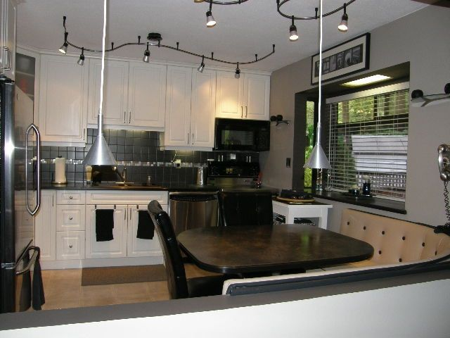 """Photo 14: Photos: 1186 COLIN Place in Coquitlam: River Springs House for sale in """"RIVER SPRING"""" : MLS®# R2105095"""