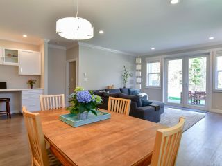 Photo 10: 27 2000 Treelane Rd in CAMPBELL RIVER: CR Campbell River West Row/Townhouse for sale (Campbell River)  : MLS®# 812235