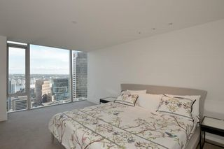 """Photo 11: 3404 667 HOWE Street in Vancouver: Downtown VW Condo for sale in """"PRIVATE RESIDENCES AT THE HOTEL GEORGIA"""" (Vancouver West)  : MLS®# R2575549"""