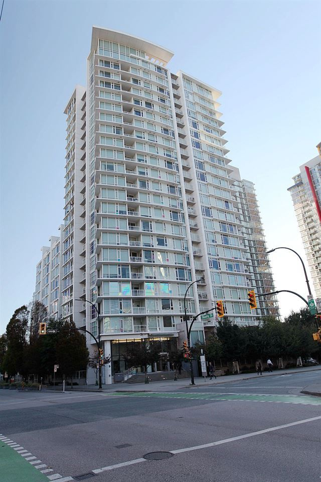 Main Photo: 1117 161 W GEORGIA STREET in Vancouver: Downtown VW Condo for sale (Vancouver West)  : MLS®# R2502361