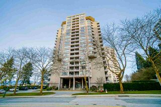 Photo 1: 1704 6070 MCMURRAY AVENUE in Burnaby: Forest Glen BS Condo for sale (Burnaby South)  : MLS®# R2442075