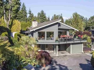 Photo 1: 1382 132B STREET in South Surrey White Rock: Crescent Bch Ocean Pk. Home for sale ()  : MLS®# R2046437