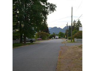 Photo 2: 12178 FLETCHER Street in Maple Ridge: East Central House for sale : MLS®# V1127389