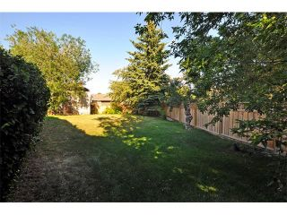 Photo 23: 8 NORSEMAN Place NW in Calgary: North Haven Upper House for sale : MLS®# C4023976