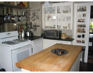 """Photo 7: 913 10TH Street in New_Westminster: Moody Park House for sale in """"MOODY PARK"""" (New Westminster)  : MLS®# V764673"""