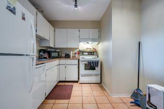 "Photo 3: 1010 2024 FULLERTON Avenue in North Vancouver: Pemberton NV Condo for sale in ""Woodcroft"" : MLS®# R2625514"
