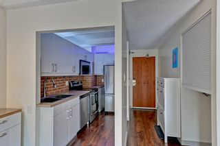 Photo 4: 707 9918 101 Street in Edmonton: Zone 12 Condo for sale : MLS®# E4254228