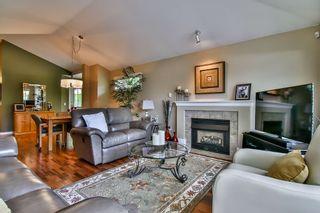 "Photo 6: 13 17917 68 Avenue in Surrey: Cloverdale BC Townhouse for sale in ""WEYBRIDGE LANE"" (Cloverdale)  : MLS®# R2170023"