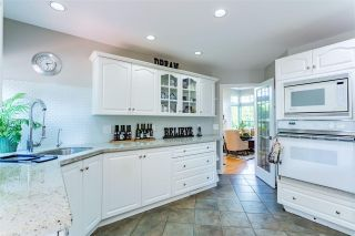 """Photo 8: 9673 205A Street in Langley: Walnut Grove House for sale in """"Derby Hills"""" : MLS®# R2478645"""