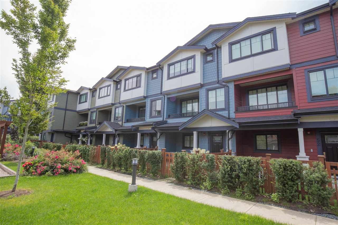 Main Photo: 51 188 WOOD STREET in New Westminster: Queensborough Townhouse for sale : MLS®# R2472944