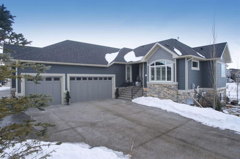 Main Photo: 1 Cimarron Estates Gate: Okotoks Detached for sale : MLS®# A1059607