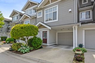 """Photo 2: 37 16760 61 Avenue in Surrey: Cloverdale BC Townhouse for sale in """"HARVEST LANDING"""" (Cloverdale)  : MLS®# R2282376"""