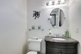 """Photo 15: 11 1818 CHESTERFIELD Avenue in North Vancouver: Central Lonsdale Townhouse for sale in """"Chesterfield Court"""" : MLS®# R2504453"""
