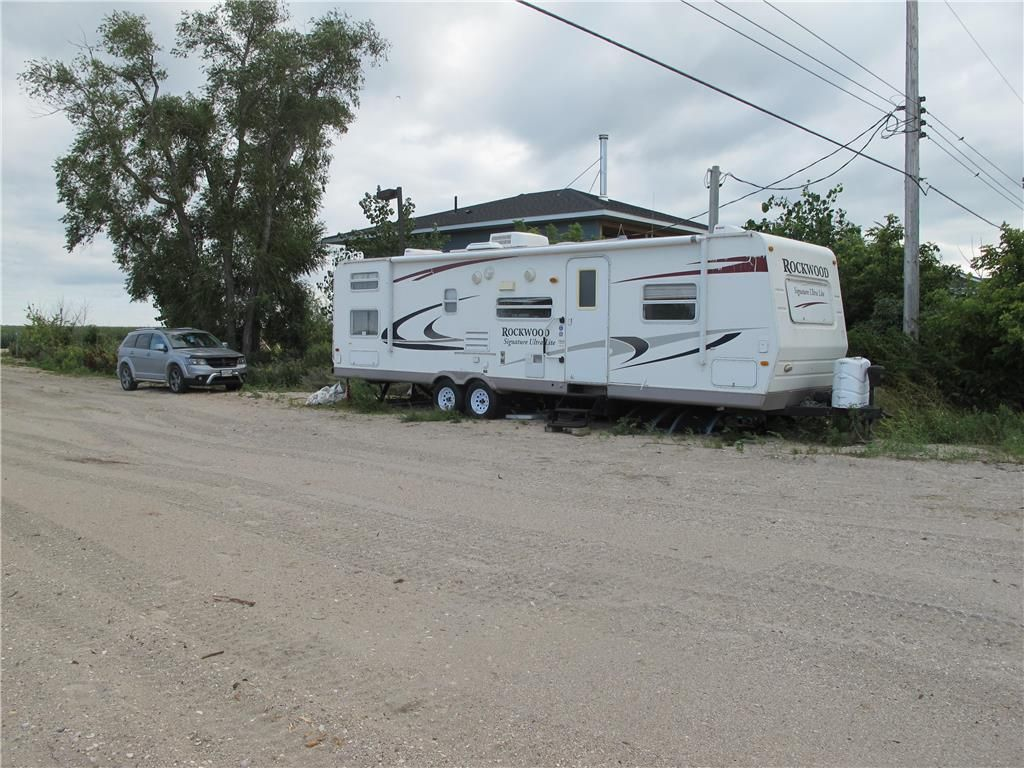 Photo 14: Photos:  in St Laurent: Twin Lake Beach Residential for sale (R19)  : MLS®# 202021257