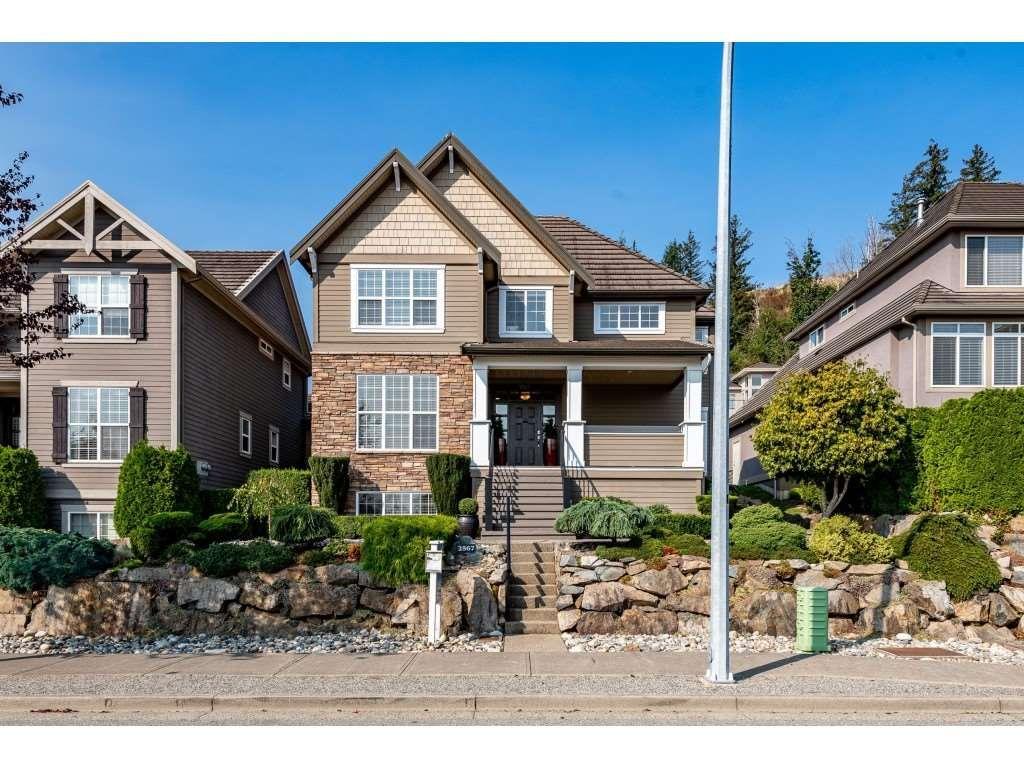 "Main Photo: 2567 EAGLE MOUNTAIN Drive in Abbotsford: Abbotsford East House for sale in ""Eagle Mountain"" : MLS®# R2498713"