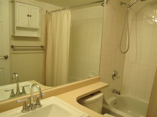 """Photo 8: 603 838 AGNES Street in New Westminster: Downtown NW Condo for sale in """"Westminster Towers"""" : MLS®# R2430621"""