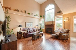Photo 3: 39 Sierra Nevada Way SW in Calgary: Signal Hill Detached for sale : MLS®# C4302227