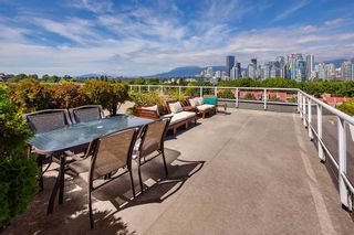 "Photo 18: 4 1063 W 7TH Avenue in Vancouver: Fairview VW Townhouse for sale in ""MARINA TERRACE"" (Vancouver West)  : MLS®# R2501596"