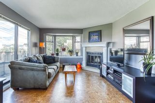 """Photo 2: 409 777 EIGHTH Street in New Westminster: Uptown NW Condo for sale in """"MOODY GARDENS"""" : MLS®# R2408757"""