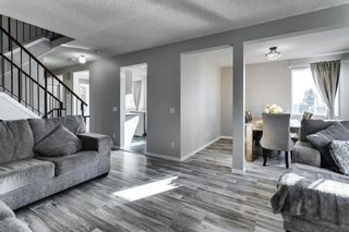 Photo 10: 31 Stradwick Place SW in Calgary: Strathcona Park Semi Detached for sale : MLS®# A1091744