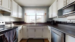 Photo 4: 43 Russenholt Street in Winnipeg: Crestview Residential for sale (5H)  : MLS®# 202102923