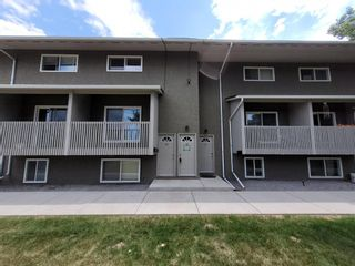 Main Photo: 32 8112 36 Avenue NW in Calgary: Bowness Row/Townhouse for sale : MLS®# A1126598