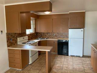 Photo 4: 15831 83 Avenue in Edmonton: Zone 22 House for sale : MLS®# E4262766