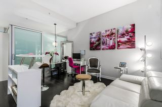 """Photo 4: 10 ATHLETES Way in Vancouver: False Creek Condo for sale in """"Kayak at the Village"""" (Vancouver West)  : MLS®# R2026611"""