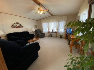Photo 2: 16 King Crescent in Portage la Prairie RM: House for sale : MLS®# 202112003