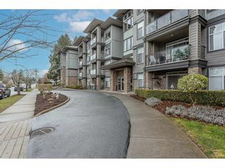 """Photo 2: 108 33338 MAYFAIR Avenue in Abbotsford: Central Abbotsford Condo for sale in """"The Sterling"""" : MLS®# R2558852"""