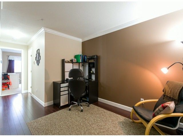 Photo 7: Photos: 414 5765 GLOVER Road in Langley: Langley City Condo for sale : MLS®# F1402300