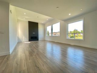 """Photo 5: 8365 BREAKEY Street in Mission: Mission BC House for sale in """"WEST HEIGHTS-WEST OF CEDAR"""" : MLS®# R2583454"""