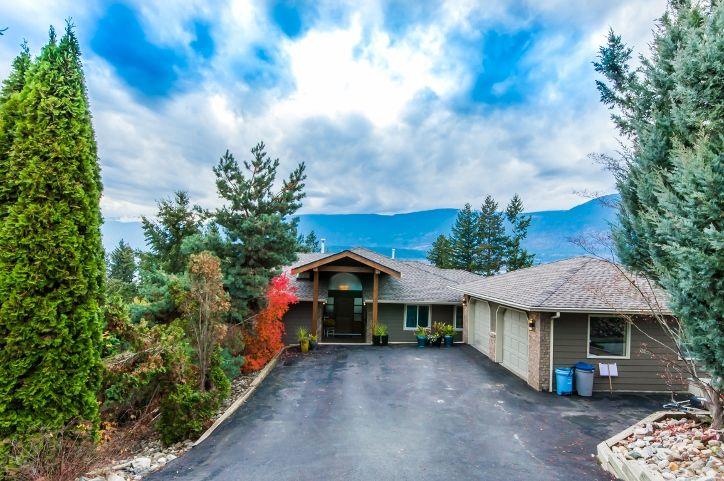 Main Photo: 5000 Northeast 11 Street in Salmon Arm: Raven House for sale (NE Salmon Arm)  : MLS®# 10131721