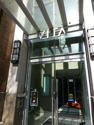 """Photo 1: 1903 565 SMITHE Street in Vancouver: Downtown VW Condo for sale in """"VITA"""" (Vancouver West)  : MLS®# R2153375"""