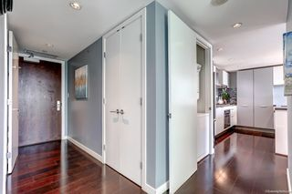 """Photo 2: 2108 788 RICHARDS Street in Vancouver: Downtown VW Condo for sale in """"L'HERMITAGE"""" (Vancouver West)  : MLS®# R2618878"""