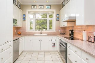 """Photo 8: 159 STONEGATE Drive in West Vancouver: Furry Creek House for sale in """"BENCHLANDS"""" : MLS®# R2069464"""