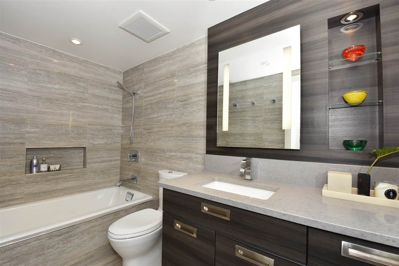 """Photo 17: Photos: 2311 OAK Street in Vancouver: Fairview VW Townhouse for sale in """"OAKVIEW TERRACE"""" (Vancouver West)  : MLS®# R2151089"""