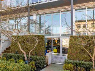 """Photo 33: 274 E 2ND Avenue in Vancouver: Mount Pleasant VE Townhouse for sale in """"JACOBSEN"""" (Vancouver East)  : MLS®# R2572730"""