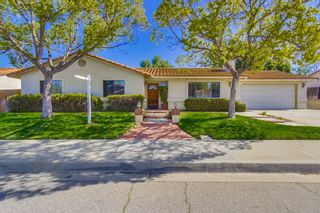 Photo 1: EAST ESCONDIDO House for sale : 3 bedrooms : 304 Lion Valley in Escondido